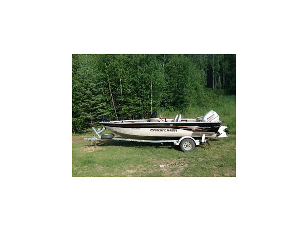 Used 2002 Crestliner 1750 FishHawk Side Console