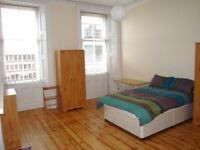 Three bedroom property at Haymarket available for the Edinburgh Festival