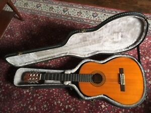 Yamaha Classical Guitar - must be gone by Monday!