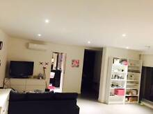 Looking for a girl to share 2 bedroom apartment :) West Melbourne Melbourne City Preview