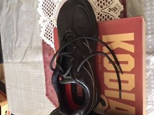 Work Boots - Women's Steel Toe Work Shoe - New in Box Belleville Belleville Area image 8