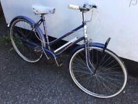 Vintage ladies 3 speed Raleigh town bike
