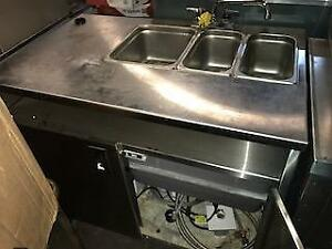 3 COMPARTMENT PORTABLE HAND  SINK - GOVERNMENT APPROVED