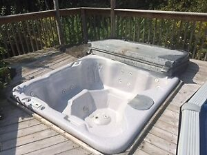6 seater Hot Tub