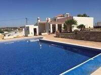 4 bed 3 bathroom holiday villa Algarve near Vilamoura