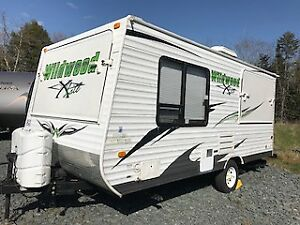 Travel Trailer - 2012 Wildwood X-Lite 17 EXL -$12,500