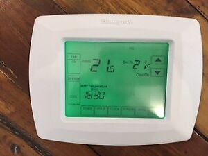 Thermostat RTH8500D programmable 7 jours HONEYWELL