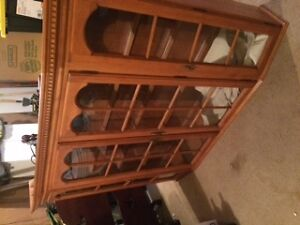 Roxton solid wood cabinet with display lighting & glass shelves