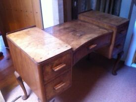 Burr Walnut Dressing Table with Queen Anne Legs
