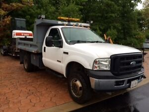 2006 Ford F-350 white Pickup Truck