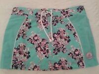 New pretty Mantaray skirt size 12.