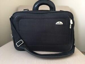 Samsonite Laptop Business Case