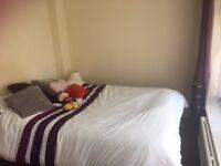 £475 All Inclusive Bright Double Room in Cowley