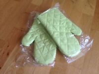 Brand new quilted lime green oven gloves