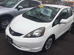 2010 Honda Fit LX luckyWhiteFit super clean