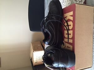 Work Boots - Women's Steel Toe Work Shoe - New in Box Belleville Belleville Area image 4