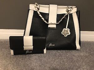 Guess Purse With Matching Wallet Like New