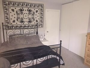Fully furnished room for rent (May-Sept)