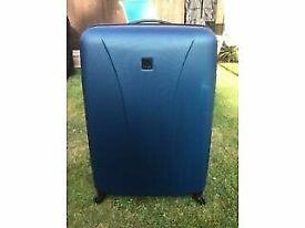 Large Tripp Lightweight Suitcase