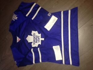Women's Maple Leaf Jersey