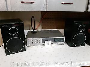 Fisher AM/FM Stereo Synthesizer Receiver with Jamo Compact 70 Speakers A