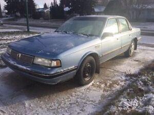 FOR SALE: $1,300.00, 1992 Oldsmobile Cutlass Ciera 4DR Blue
