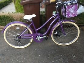 Beautiful purple town style ladies bike. VGC