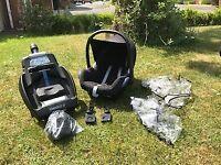 Maxi-Cosi Car Seat and Easyfix base