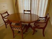 Extending Dinning Table with 4 chairs