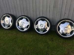 """4 22"""" Rims with brand new tires + 2 spare tires"""
