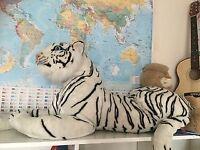 Giant white tiger