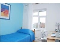 beautiful room with all bills included in SW19
