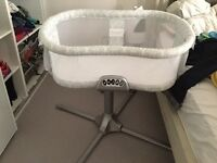 Halo Swivel Bassinet- Excellent condition hardly been used! Only a few months old