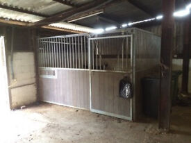 Internal Stable 12ft x 12ft Front and side partition sliding door - Horse Pony Equine Farm Animal