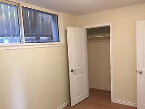 Beautiful and Bright 2 bedroom unit near Down Town