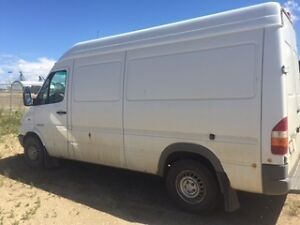 2006 Dodge Sprinter Minivan, Van