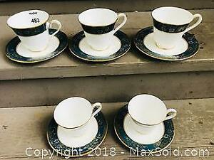Royal Doulton Fine Bone China Carlyle Pattern Cups and Saucers