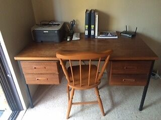Free timber desk!!! 4 drawers, good condition. Needs to go!! Narrabeen Manly Area Preview