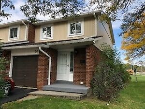 A Must See Newly Renovated 3BR End-Unit Located In Mississauga