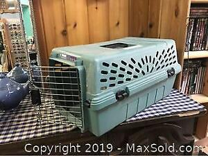 Pet Mate Cat Or Small Dog Carrier
