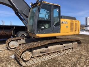 2010 John Deere Excavator 240D LC