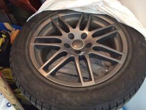 pneu Nokian et mags a vendre 17 pouces