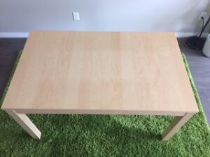 Extendable Table_IKEA
