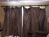 Curtain Pole dark brown 320cm available with or without black and white checked curtains