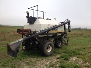 Bourgault 180 BU Air Cart