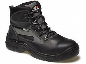 Dickies severn safety boots size 8 or EU 42 new never worn under half price £15 good quality boots