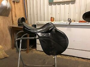 Stubben Columbo saddle for sale
