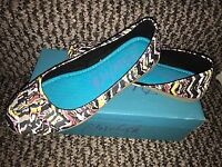 New womens Blowfish shoes (size 5) - see picture.