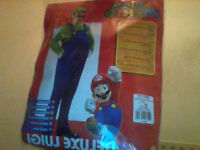 QUICK SALE! DELUXE LUGI COSTUME ADULT SMALL UNOPENED
