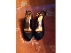 BLACK SLINGBACK SHOES FROM NEW LOOK SIZE 5 (38)